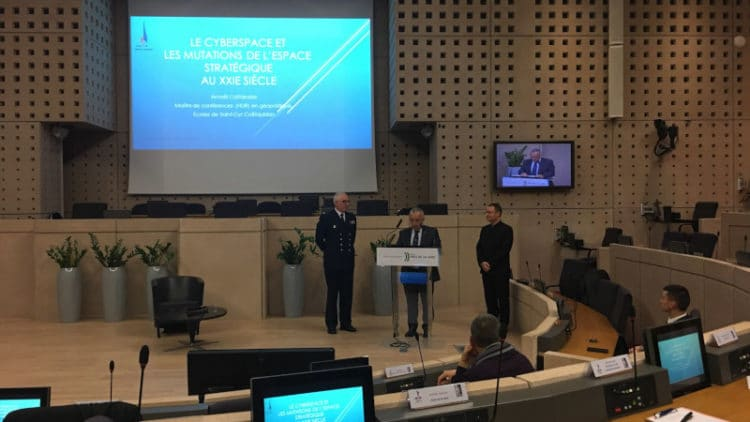 Conférence : Le cyberespace, un espace stratégique