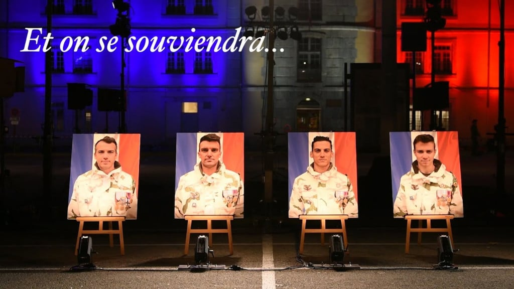 Bel hommage à nos soldats tombés si loin de chez eux !